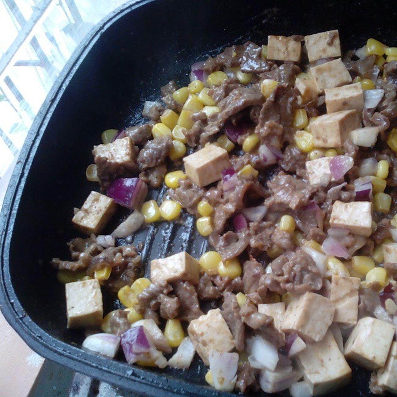 Healthy beefy lunchie.. Mangan.. 🙏🍮🍯🍫🍬🍔🍟🍦🍝🍕🍖🍗🍤 Instalike Instapic Instayum Foodporn Instafood Instagood Delish Picoftheday Kainanna Alangmak