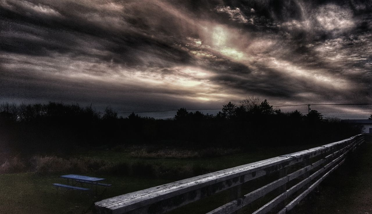 cloud - sky, sky, tranquil scene, tranquility, no people, tree, scenics, beauty in nature, nature, outdoors, storm cloud, day