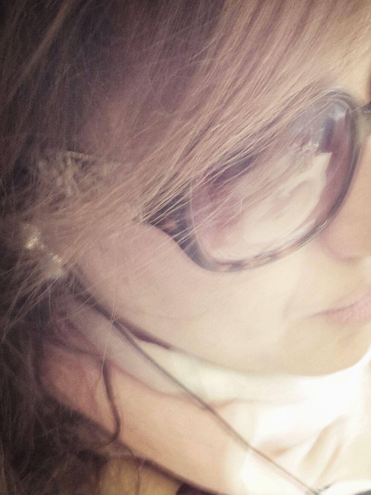 Thinking Selfportrait Sunclasses Samsung Galaxy Camera Madrid