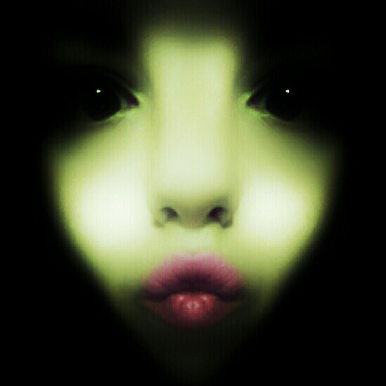 Alian Alien Green Cosmos Galaxy Galaxy Girl Woman Autoportrait Me My Self Selfie ✌ Self Portrait Mars Eye Mouth Face Abstract Abstract Photography Portrait Looking At Camera Front View Human Body Part Human Face Adult One Woman Only