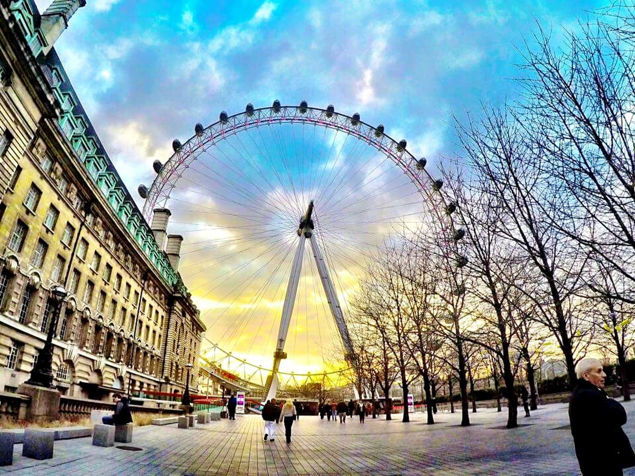London Eye through my eyes | © pinnynoy | ▶pinnyforever.com London Eye London Uk United Kingdom Travel Travel Photography Travelgram Travelblogger First Eyeem Photo Showcase July Showcase:July Showcase July 2016