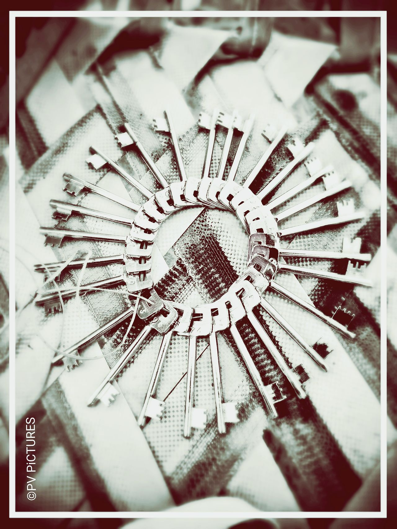 Hi! Key Conceptual Photography  Keys Bunch Circle Awesome Picspv
