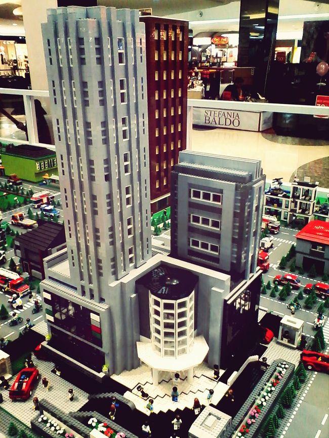 Fx Sudirman Lego