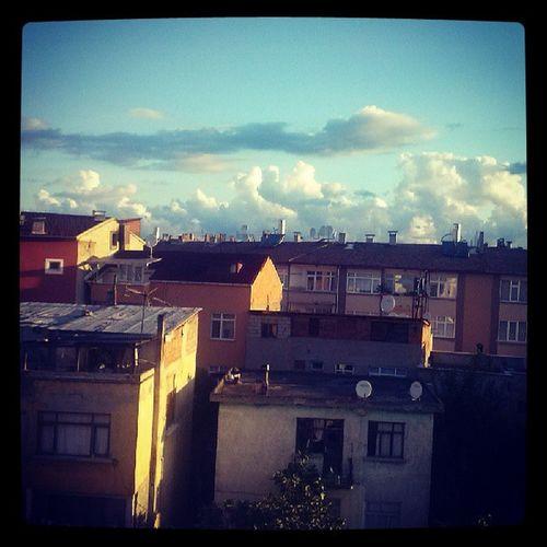 Morning Sun Sunness Sky builds shadows warm goodmorning day daydream free time clock 06.03 trabzon erdogdu city street