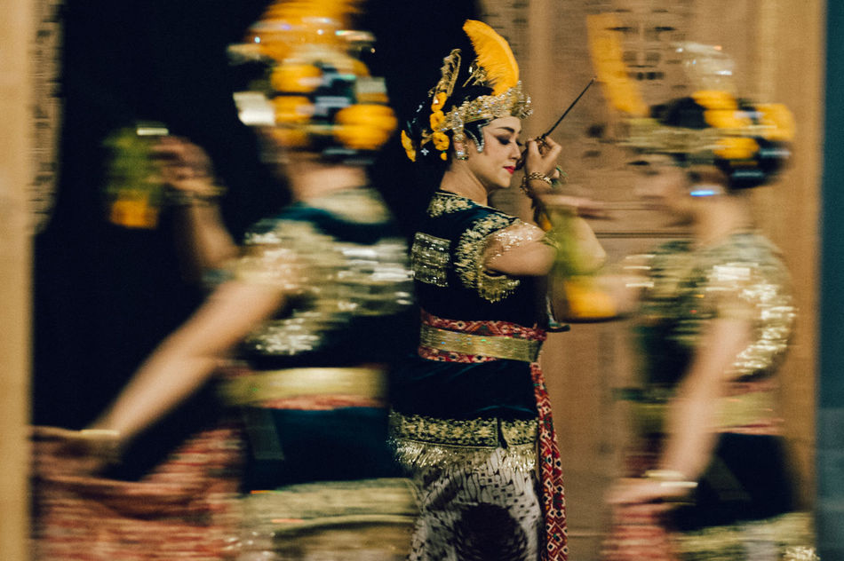 Art Is Everywhere Close-up Dancers Dancing Indoors  Motion Blur Night Performing Arts Event Real People Selective Focus Serimpi Slow Movements Srimpi Dance