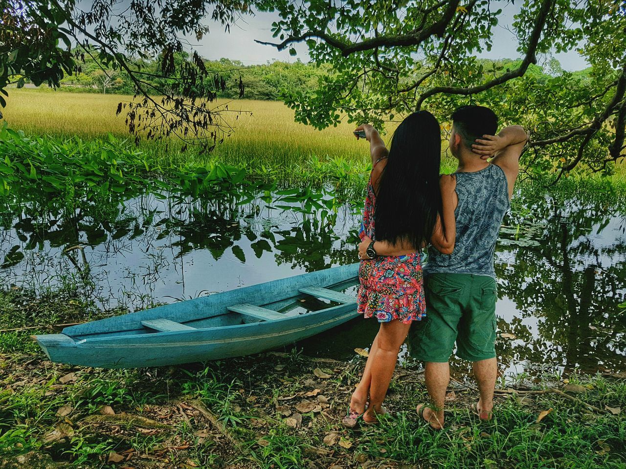 Two People Day Standing Women Outdoors Tree Lifestyles Real People Nature People Young Women Only Women Young Adult Friendship Adults Only Valentine's Day  Premium Collection Getty Images Love Togetherness Bestsellers The Great Outdoors - 2017 EyeEm Awards EyeEmNewHere Amazonia Brazil Live For The Story Place Of Heart Sommergefühle EyeEm Selects 100 Days Of Summer