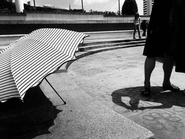 Light and Shadow Outdoors Monochrome Blackandwhitephoto Streetphotography Life On The Streets Light And Shadow Blackandwhite Photography People Photography EyeEmNewHere