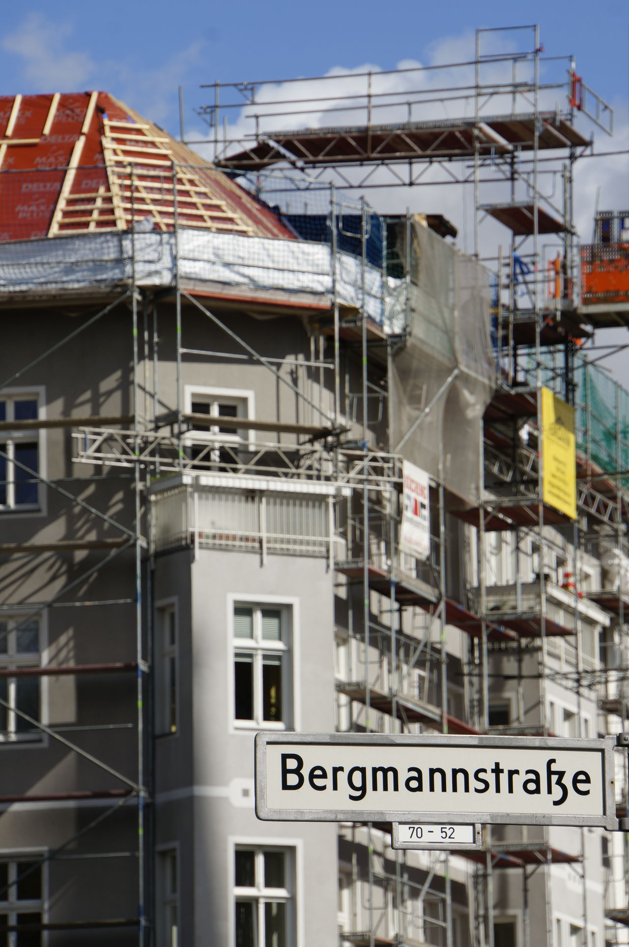 Architecture Building Exterior Built Structure City Dachausbau Day Gentrifizierung House Modernisation No People Outdoors Sky Discover Berlin