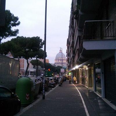10-20 metri da casa mia si vede San Pietro)