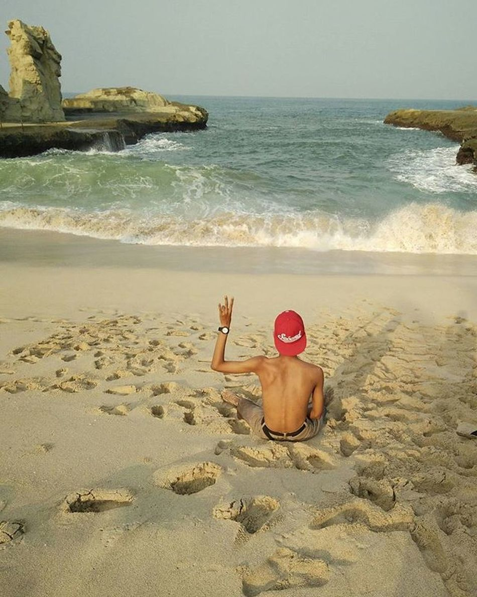 lepas banget liat pantainya pek(?) Klayarbeach Klayar Pacitan_paradise Pacitan Vscocam Backpacker Backpackerindonesia Indonesiabagus INDONESIA Iloveit 3scnd