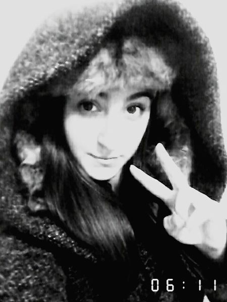 Hello Guys ✌ No Matter Who Gives Up On You, Don't Ever Give Up On Yourself Kisses❌⭕❌⭕ Peace ✌ Snow ❄ Love Ya. ♡