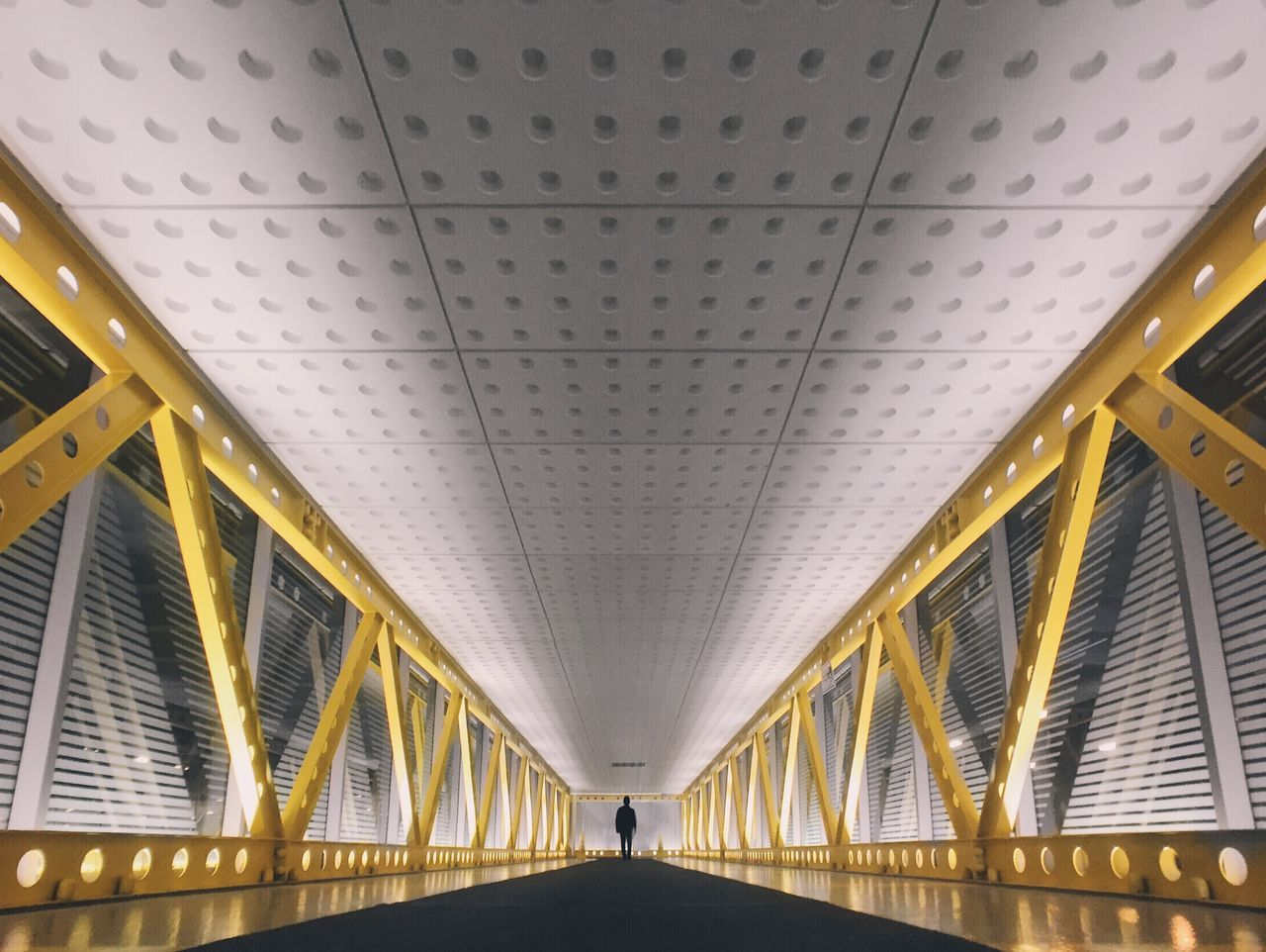 Beautiful stock photos of pattern, Bridge, Ceiling, Chicago, Commuter