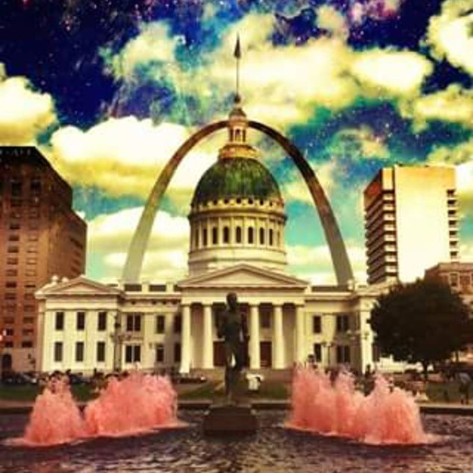 Stlouisgram Stl Stlouis Cardinals Stlarch Arch Lifelike Followforfollow Fountain Stlouisarch Statue Building Stlouiscourthouse Photo Photoedit Space Sky Stlouisarch Breastcancerawareness Susangkomen Pink Clouds Edit Dome America americanpride usa missouri water