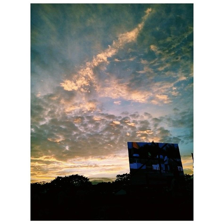 E V E N F A L L Sunset Dusk LEDMonitor LightOfPeace2014 WorldPeaceThroughInnerPeace IAmPieceOfPeace