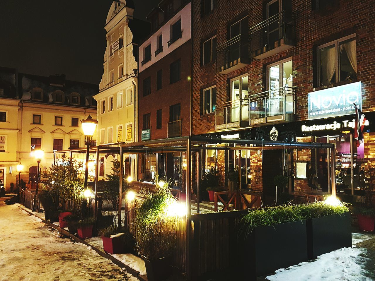 Night City Street Light Street Winter Architecture Outdoors Dinner Date Restaurant Building