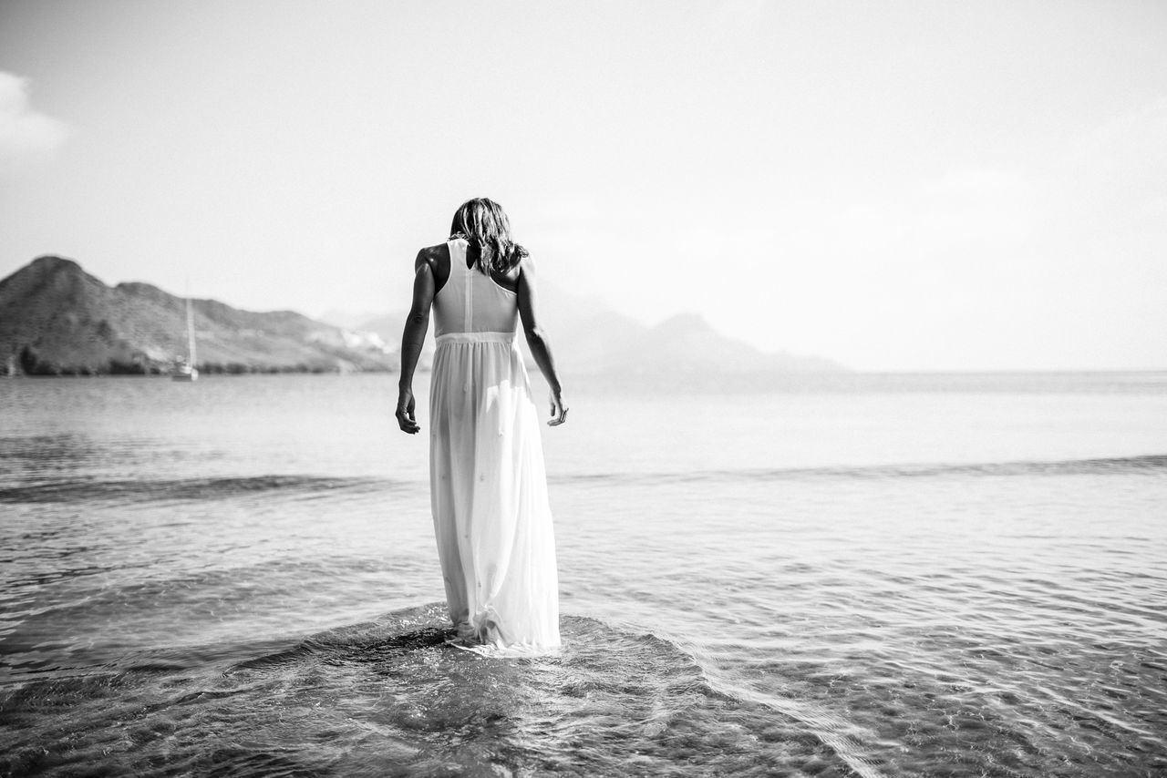Beautiful stock photos of black & white, Beauty In Nature, Copy Space, Day, Dress