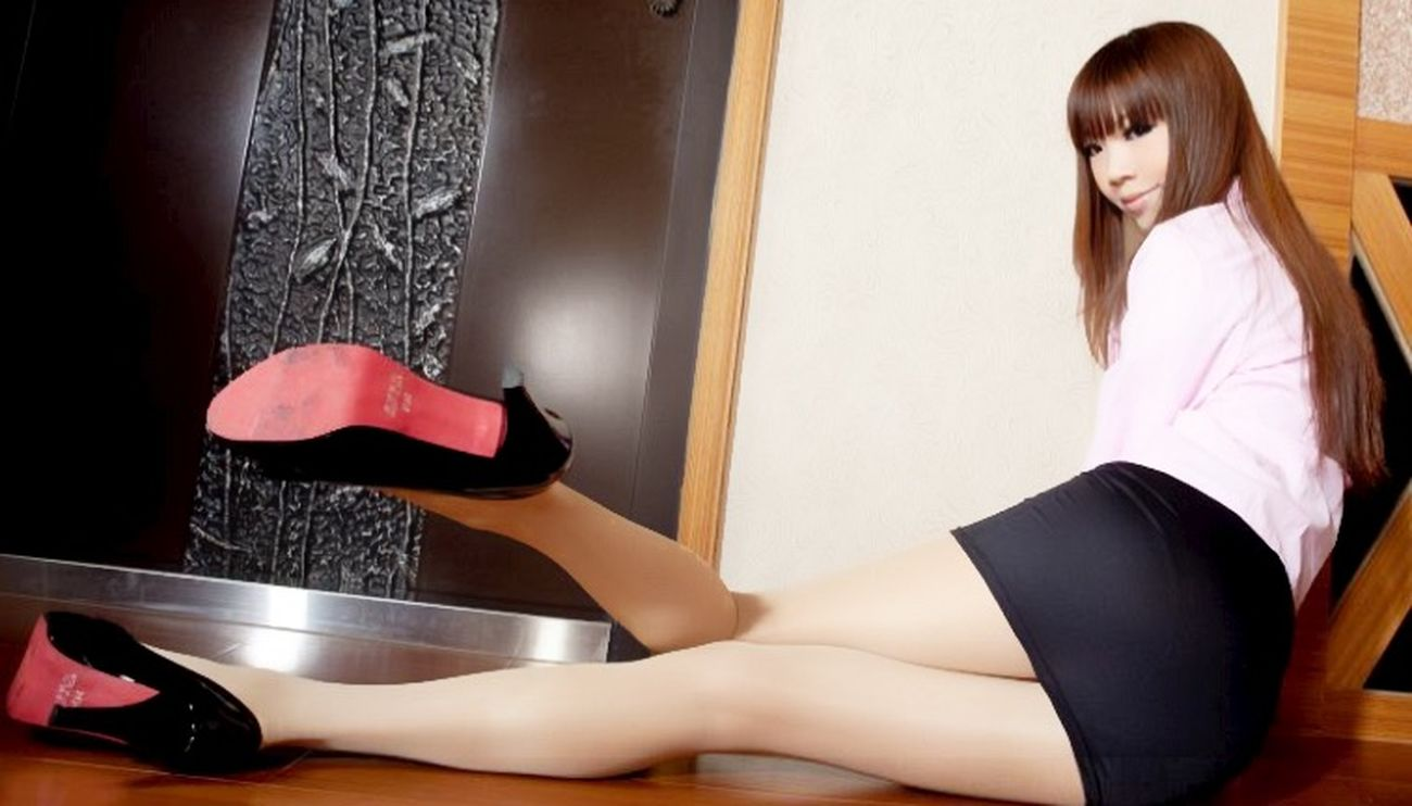 おはようございまーす 今日 も がんばりましょー セクシー お姉さん 春香 ミニスカ Enjyoy Life Japanese Girl ミニスカート Sexygirl Good Morning