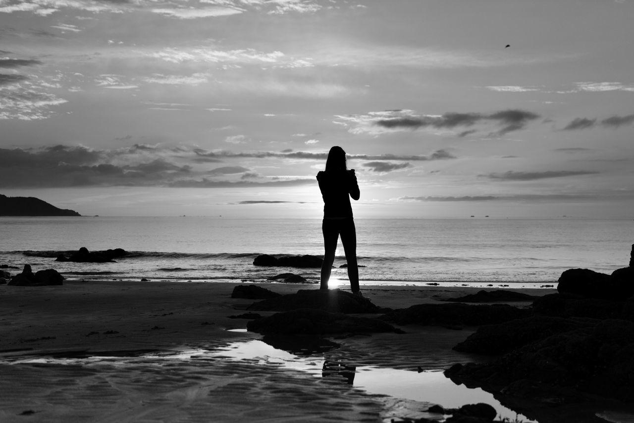Beautiful stock photos of sunrise, Beach, Cloud, Full Length, Horizon Over Water