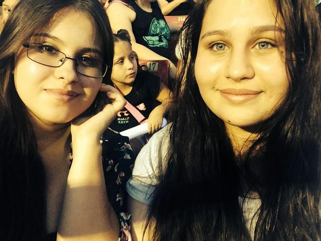Thow back to my 1D and 5sos concert with my older sister. Three months and 21 days ago