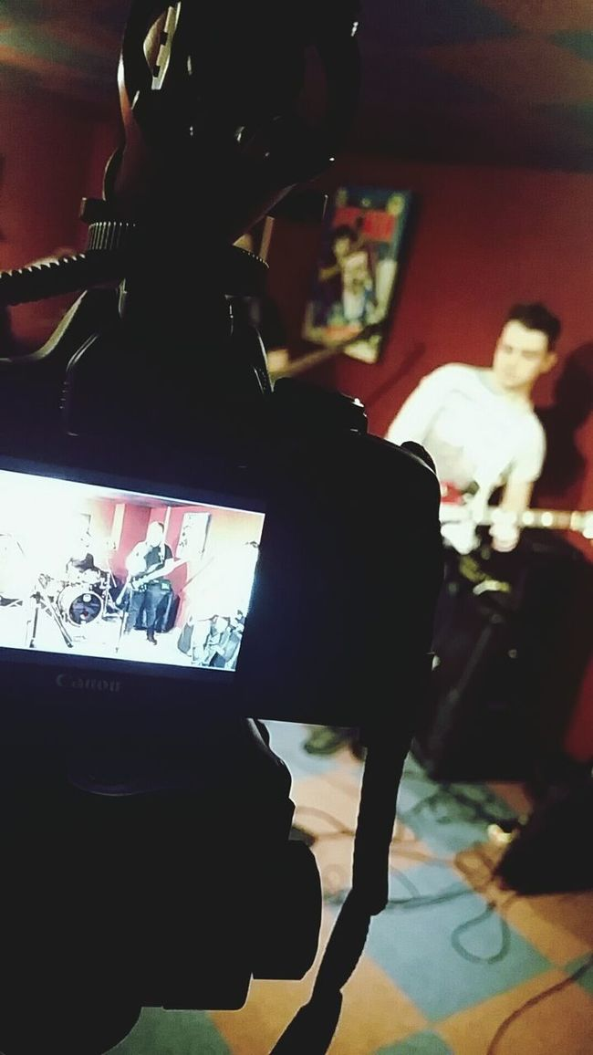 Guitar Canon 100D Recording Music Visual Faithinglory Excelrecords