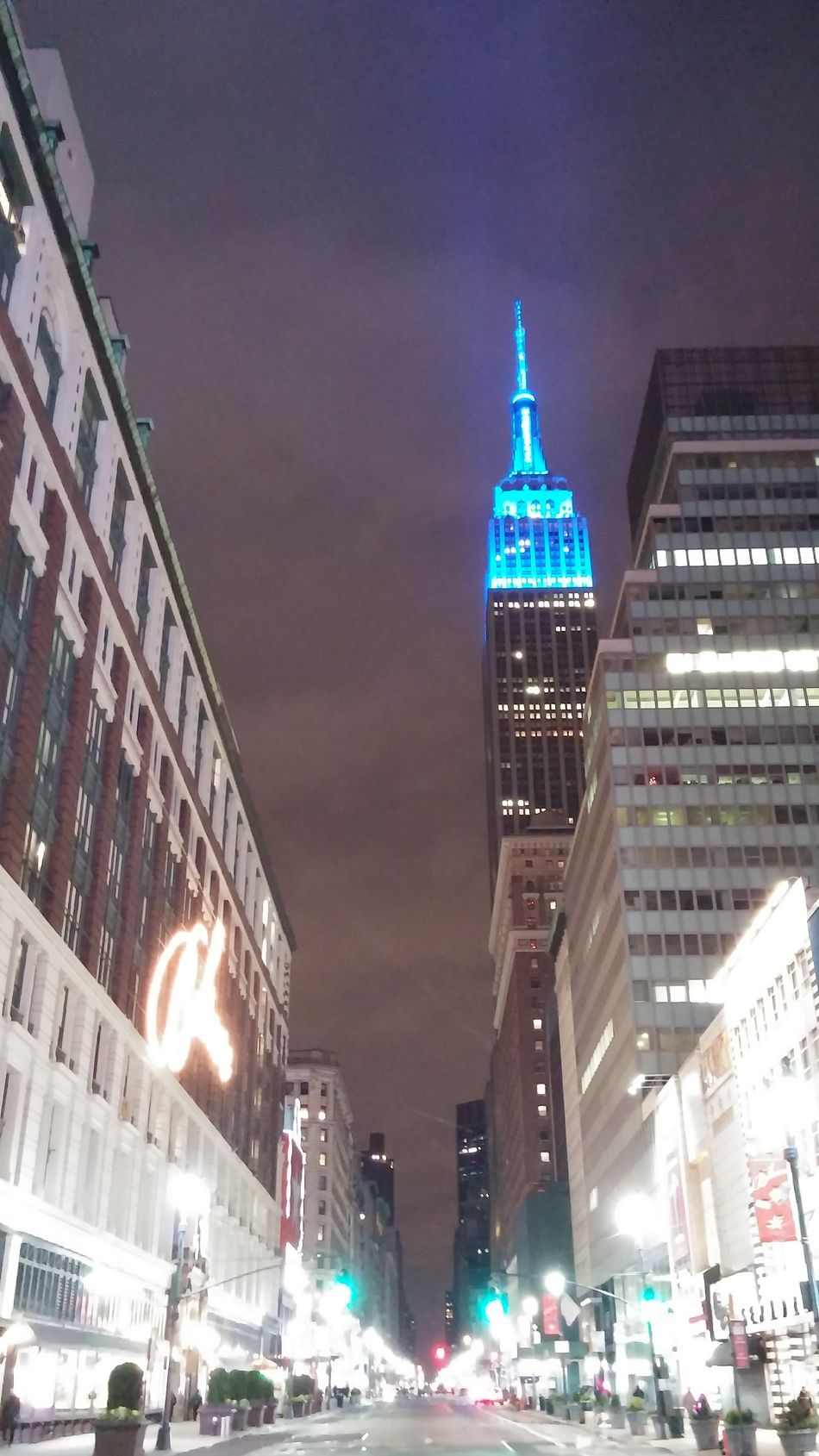 34Th St. Hearld Square... Empire State Building Empire Of Lights Macys Check This Out