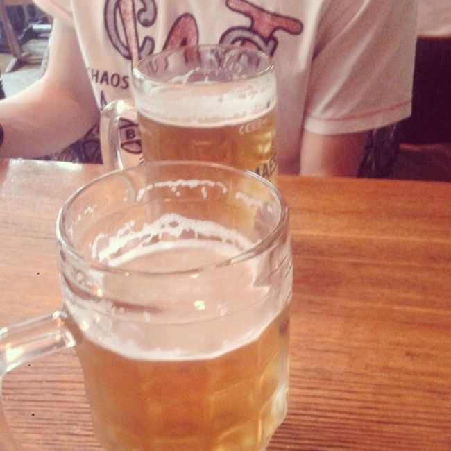 Beelgium beer with @alejandromanov Brussel Bruexelle Belgium Beer eurotrip travel trip