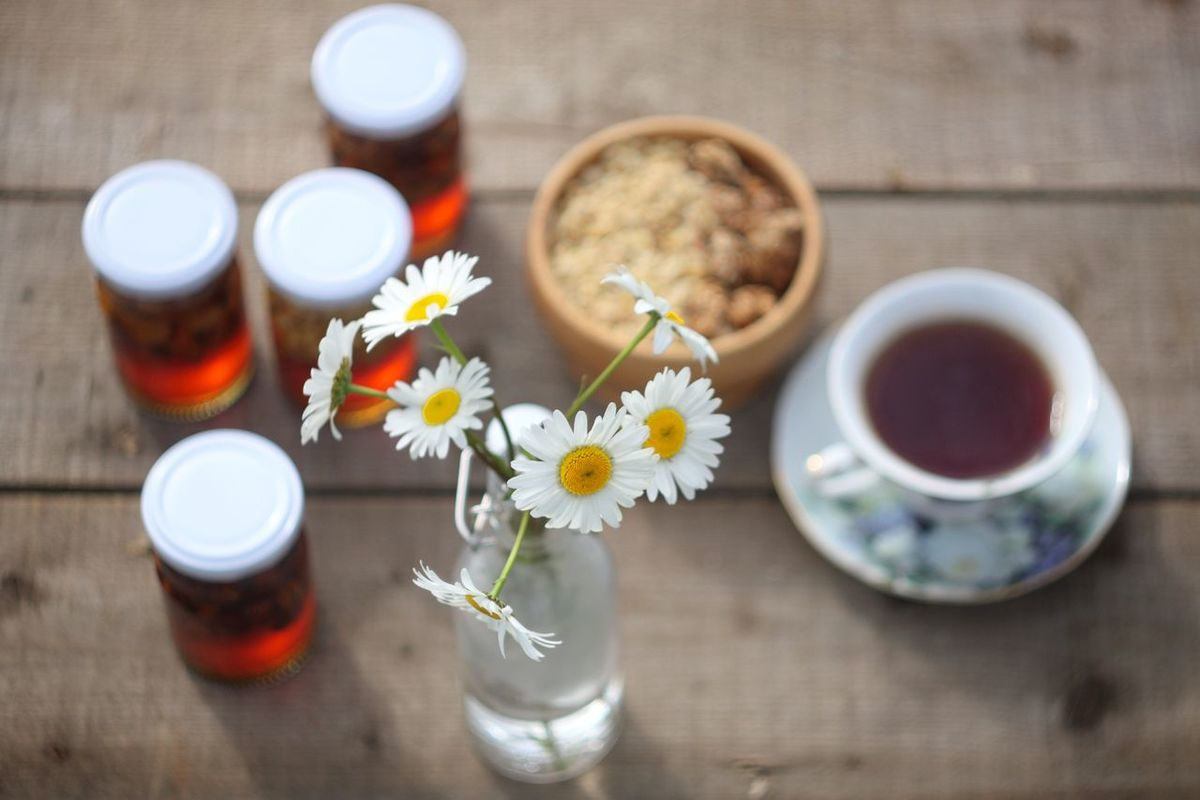 Country tea Flower Table Drink Refreshment Freshness Bottle Vase Food And Drink Indoors  Drinking Glass No People Directly Above Healthcare And Medicine Close-up Flower Head Herbal Medicine Nature Day Tea Honey Nuts Wood Naturmort Nature