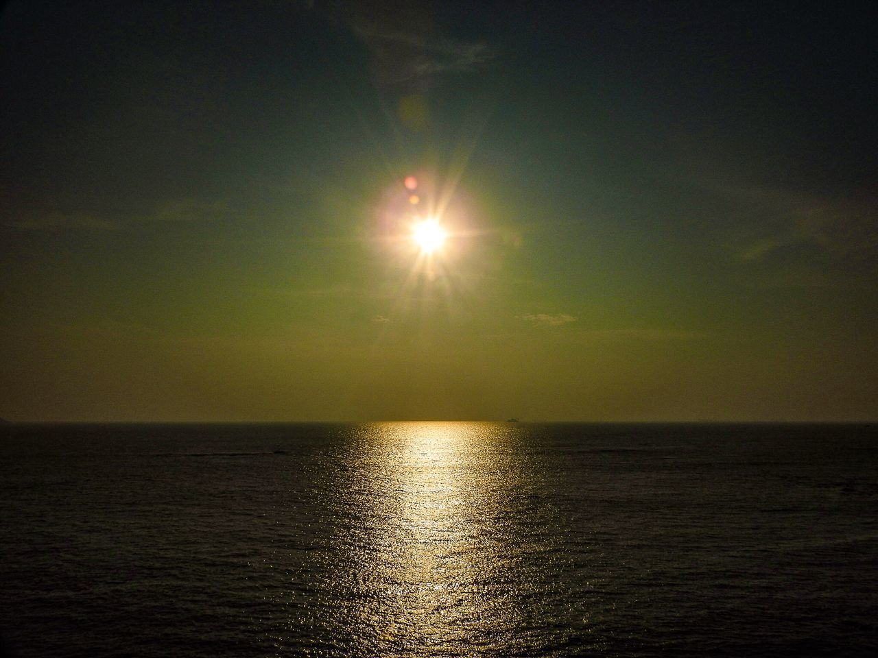 sun, sea, sunset, scenics, nature, beauty in nature, tranquility, tranquil scene, water, reflection, horizon over water, sunlight, no people, sky, outdoors, waterfront, day