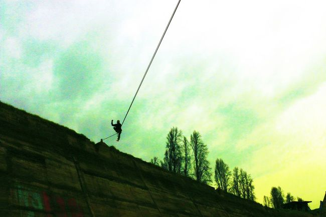 Adventure Club Highline Longline Walking Landscape Panoramic Sunset Nature Clouds Sky Simple Things In Life Air Panoramic Photography Dark Slackgreen Slacker Slackline Slackvida Slacklife