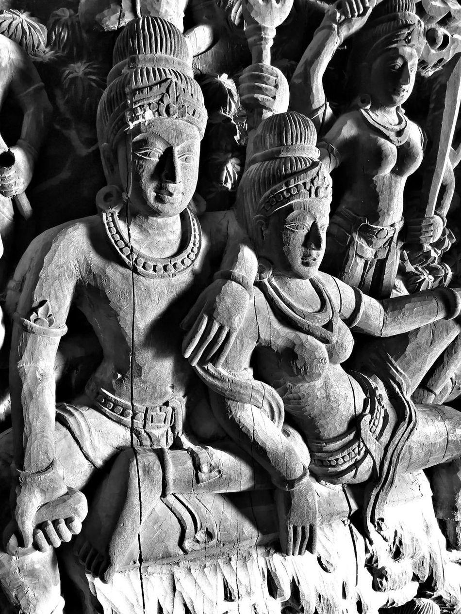Sanctuary Of Truth Pattaya Amazing Thailand EyeEm Travel Photography EyeEm Best Shots Blackandwhite Monochrome Huawei Mate 9