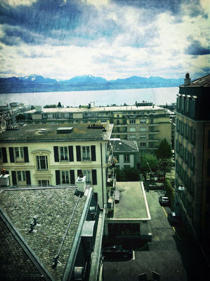 Hello world in Lausanne by Gracy
