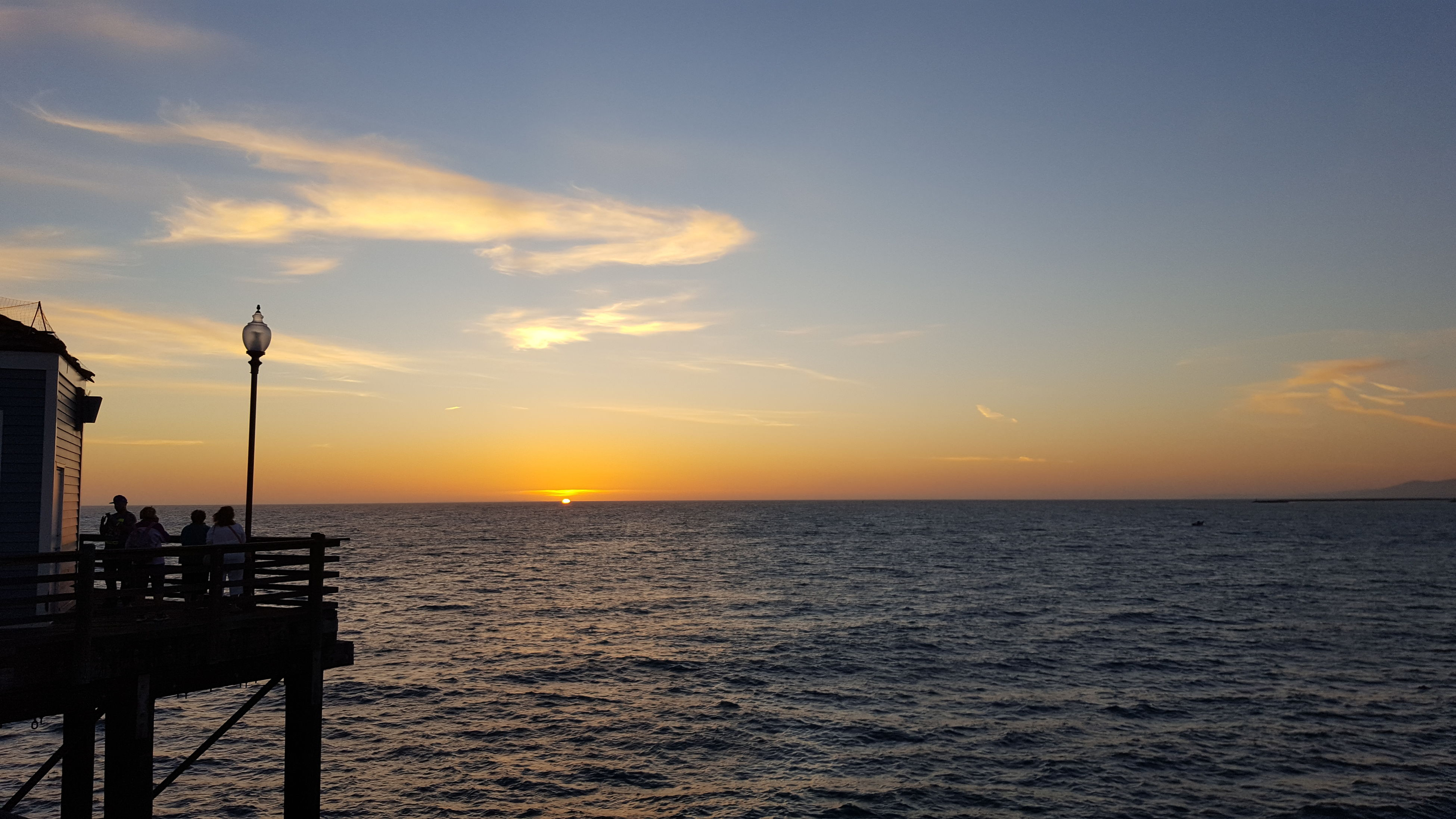 sea, horizon over water, sunset, water, scenics, tranquil scene, beauty in nature, sky, tranquility, nature, idyllic, orange color, silhouette, sun, rippled, cloud - sky, ocean, outdoors, cloud, remote