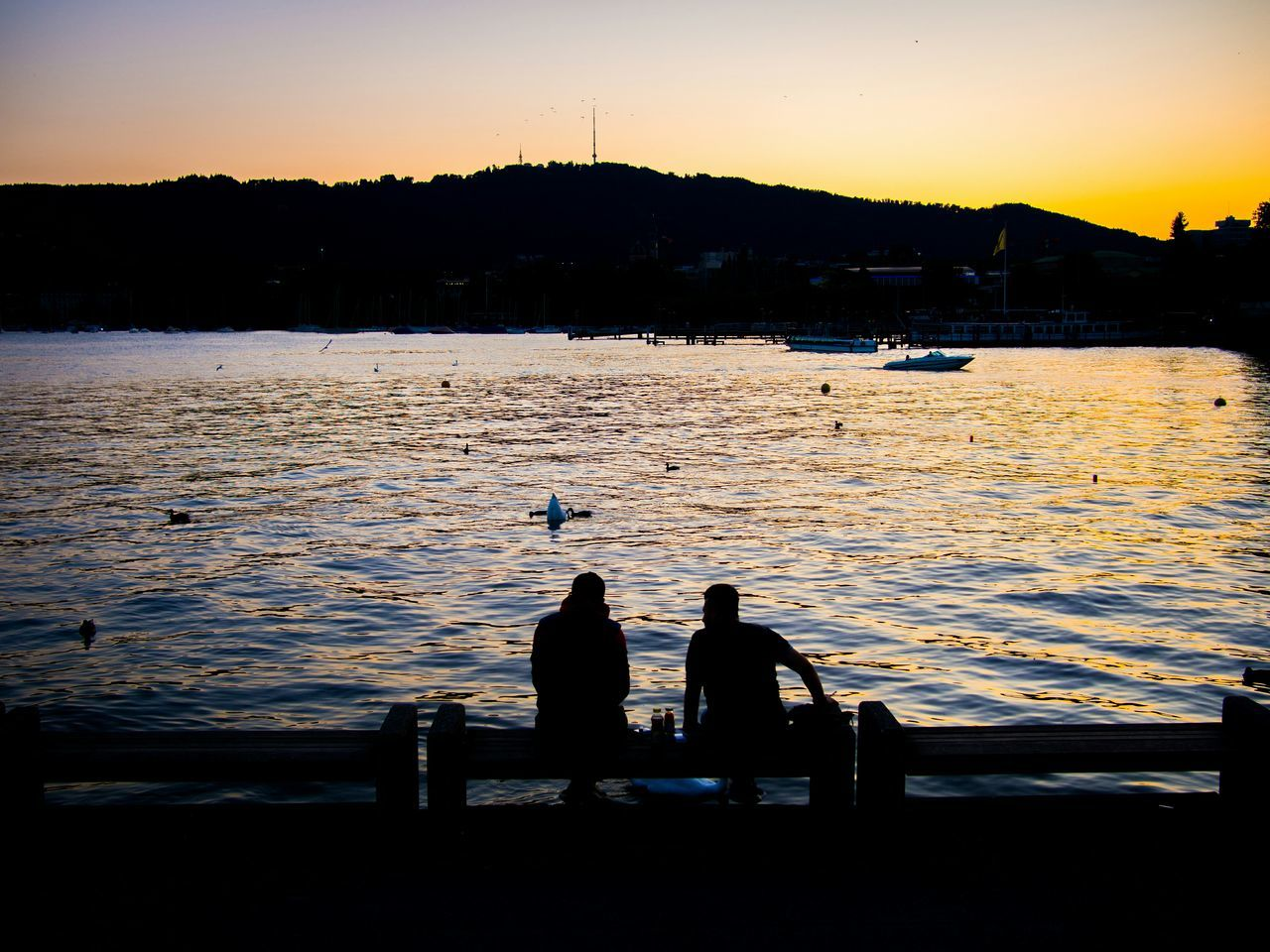 Re-edit Glitch Deceptively Simple Dawn Zürichsee Zurich, Switzerland Streetphotography Lake Silhouettes Sunset Capture The Moment My Best Photo 2015
