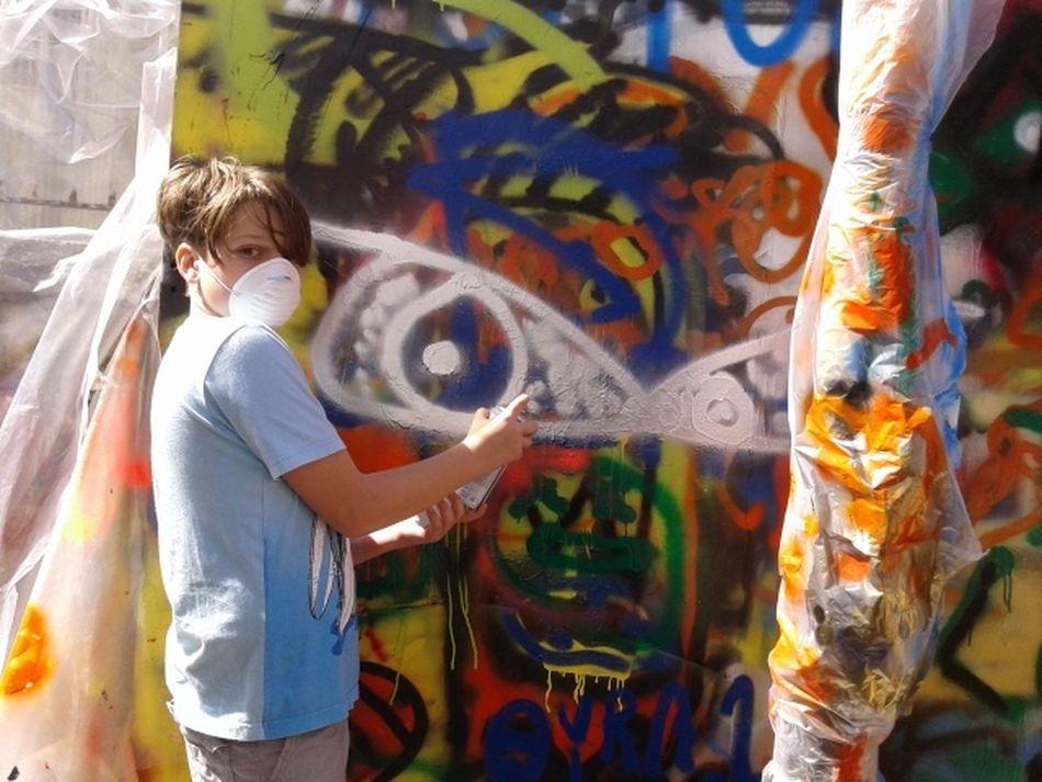 Boys Graffiti Graffiti Art Graffiti Artist Hooligan Hooligans Red Handed Spray Paint Spraying Graffiti Street Art Street Artist The Street Photographer - 2016 EyeEm Awards