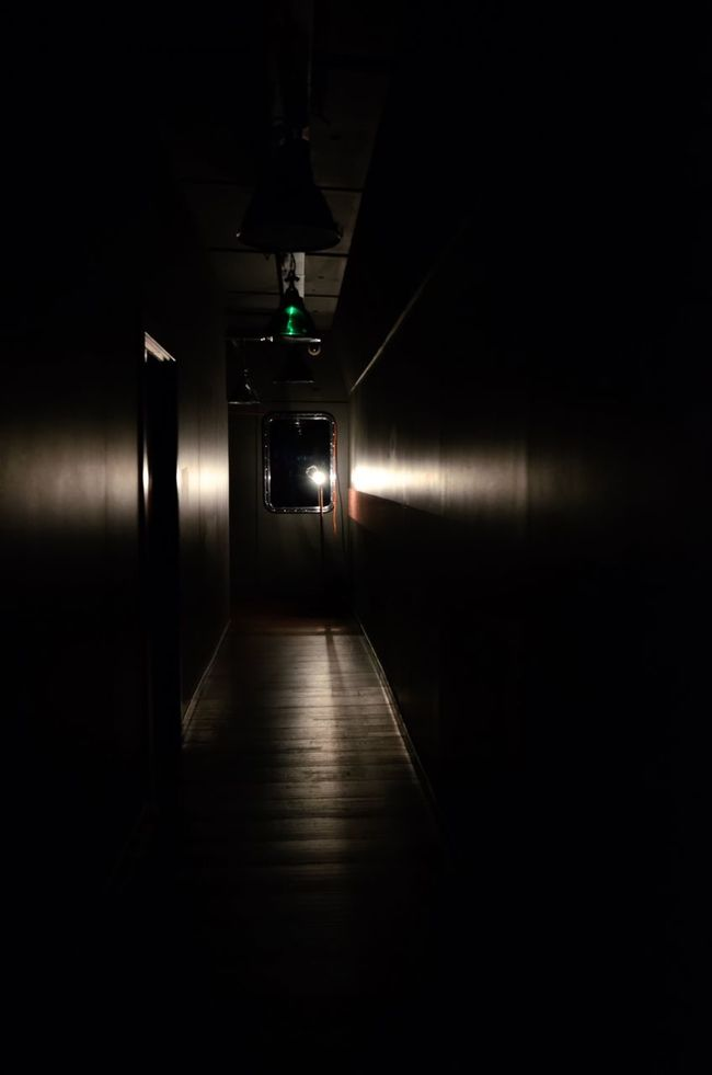 Quiet ⁞ Showcase July The Purist (no Edit, No Filter) The Minimals (less Edit Juxt Photography) No Edit/no Filter EyeEm_crew Eyeem Collection AMPt_community Light Play Light And Shadow Notting Hill City Of London London Dark Walk Into The Light Hallway Nikon Nikonphotography