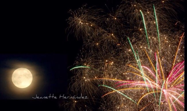 Fireworks and Full Moon Fireworks Moon StreamzooPics Streamzoofamily