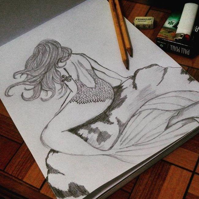Currently. In progress. Taking a break first. 😉✏🚬 Sketches Pencil Woman FascinationWithMermaid Ibelongtothesea KaARTehanNiMel DrawingNiMel