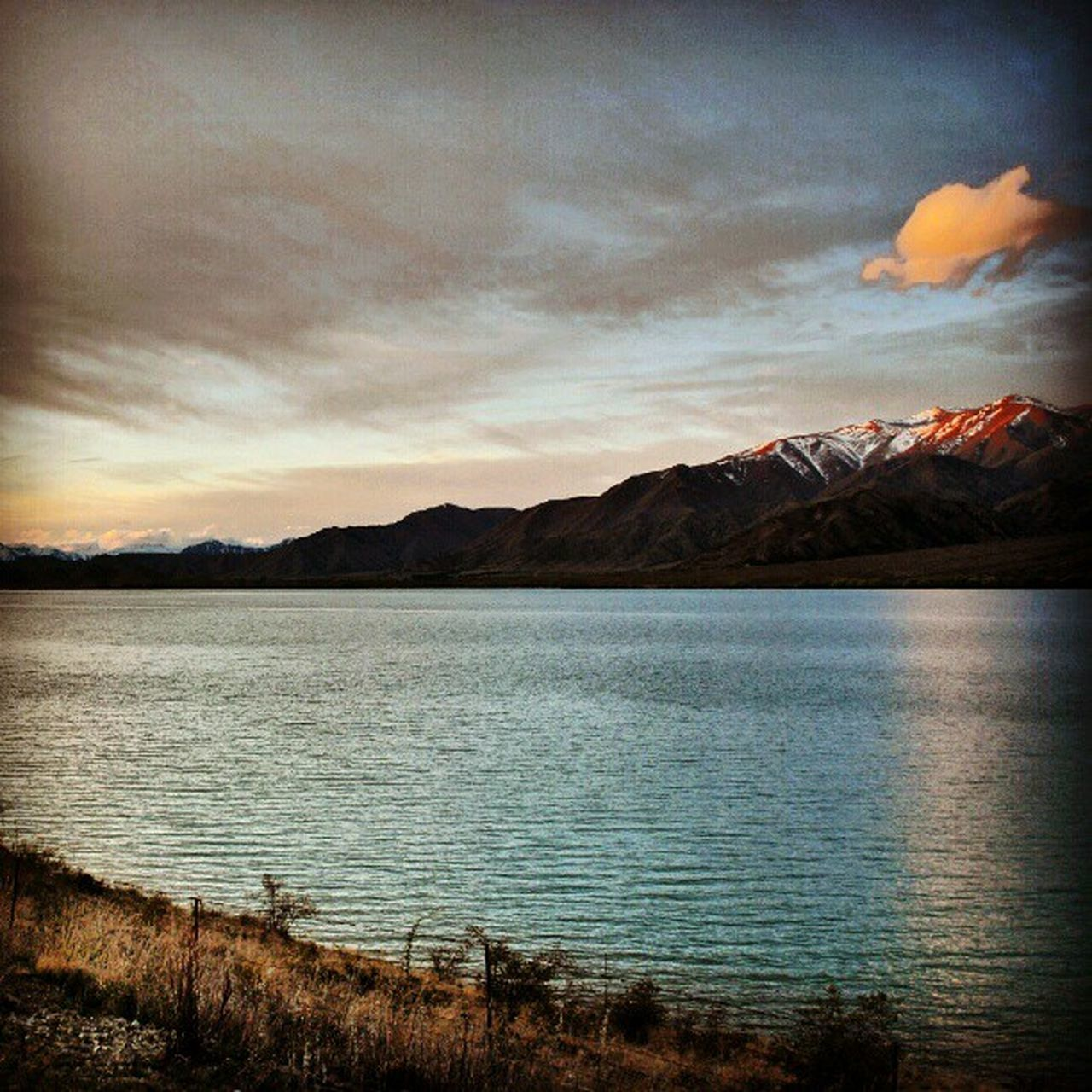 scenics, nature, beauty in nature, tranquil scene, tranquility, lake, mountain, water, sunset, sky, no people, idyllic, outdoors, landscape, travel destinations, mountain range, scenery, day