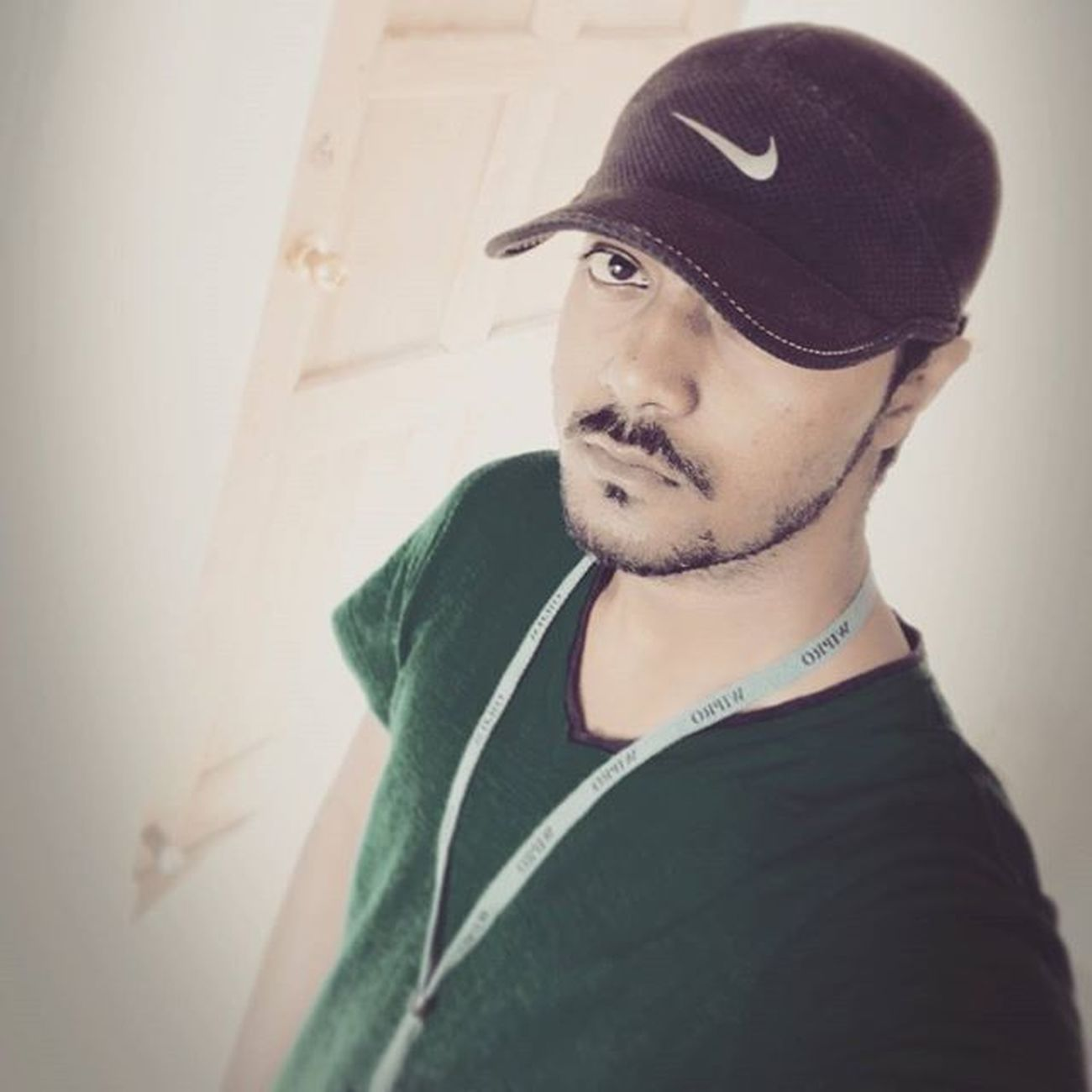 A day with a selfie makes me believe that I am the best and no one can tangle my life with their fake promises. AlwaysTrance Trance Trancefamily Uplifting Dudesbelike Dude Hot Sexyavtar Beautiful Beardgang Beard Muscular Fitness Fit Emotional