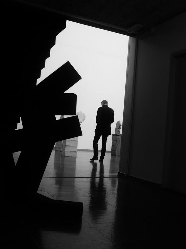 Silhouette Indoors  Dark Shootermag Contrasts EyeEm Best Shots - Black + White Monochrome Streetphoto_bw Bw_collection Street Photography Museum