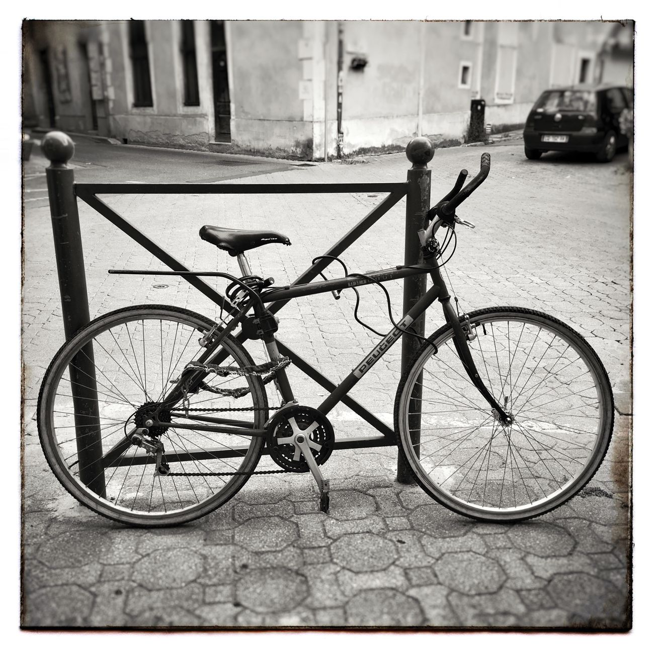 Blackandwhite Blackandwhite Photography Monochrome Monochrome Photography Bicycle Transportation Mode Of Transport Land Vehicle Stationary Outdoors Street Parking Bicycle Rack Day Built Structure Architecture No People Building Exterior City Close-up