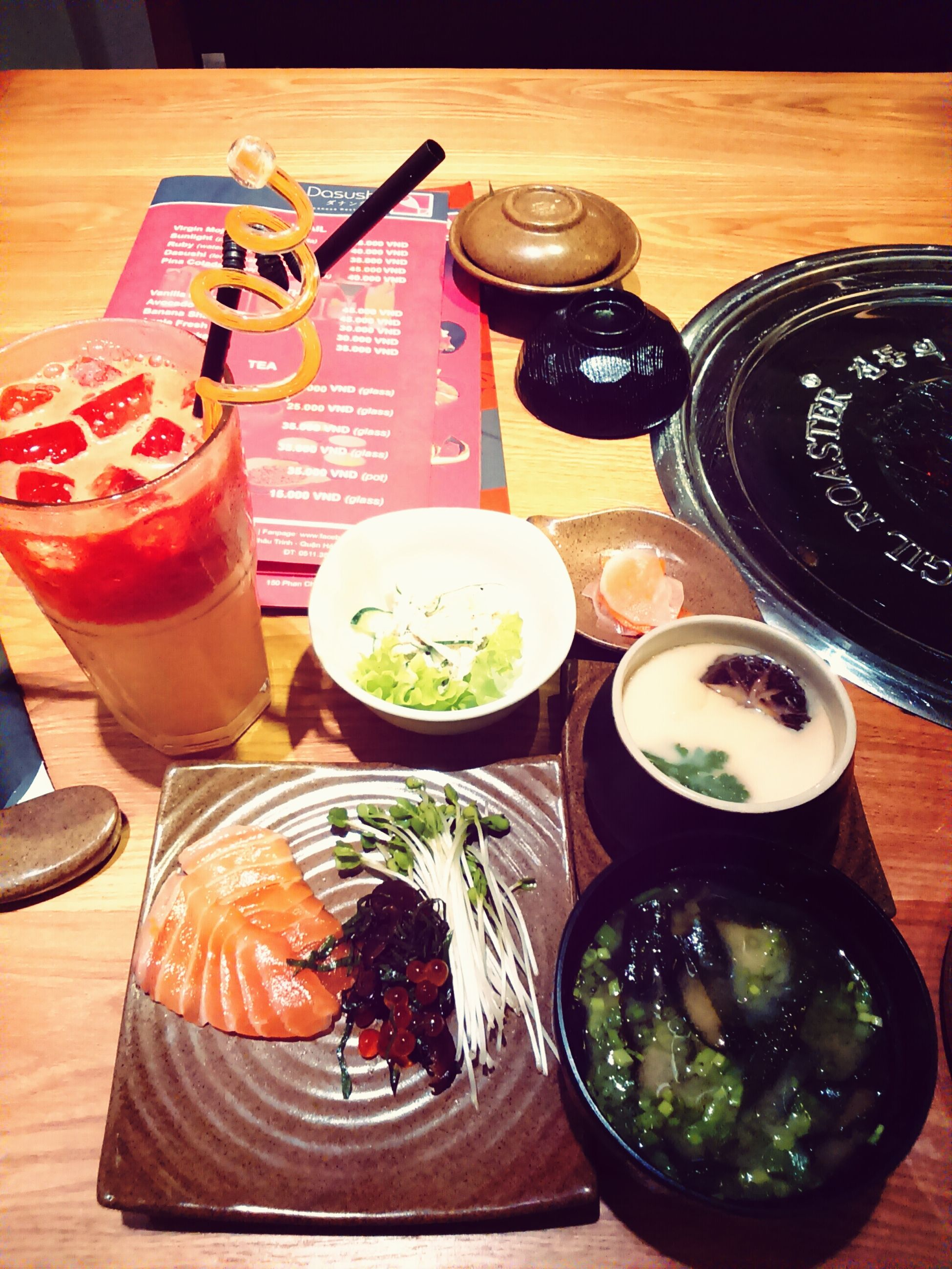 Lunch with my friend ???? Lunch Eating Sushi RainyDay