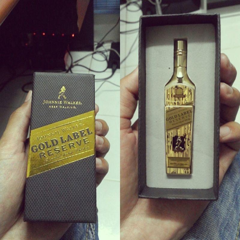Limited Edition Johnnie Walker Keep Walking Gold Label ...thx my Best Friends