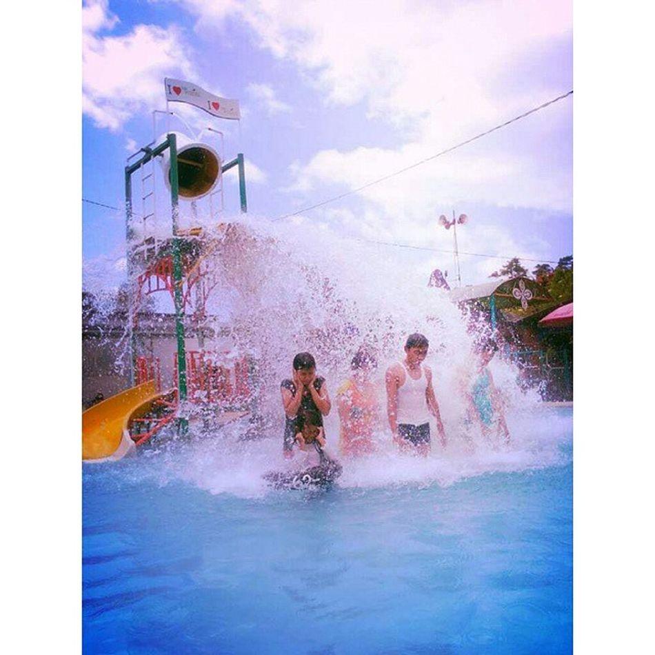 HotWater Water Splash Waterboom nature family vacation ciwalini ciwidey