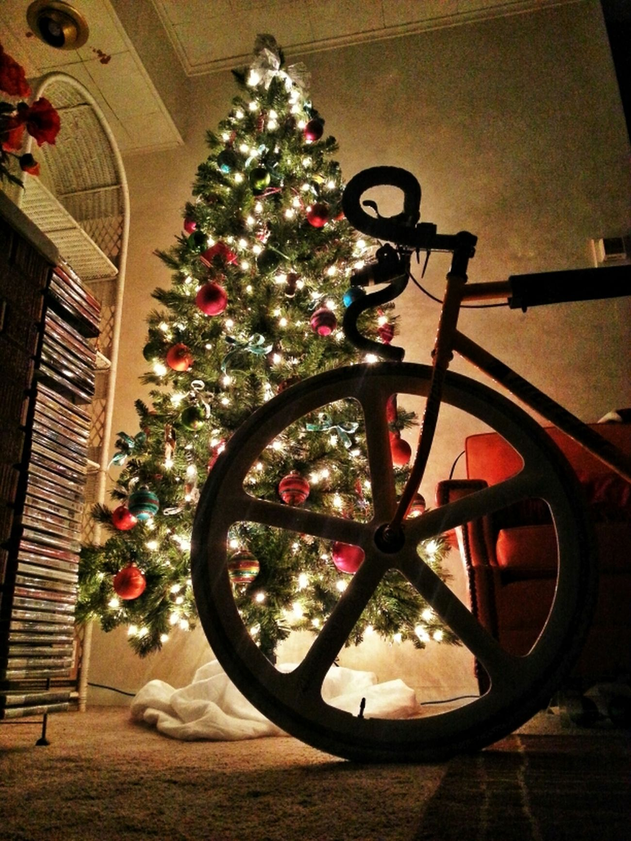 Have a safe and wonderful holiday! Bike Bicycle Christmas Christmas Tree Christmas Lights Fixed Gear Fixie Mercier Aerospoke Dropbars Kilo Tt Festivus