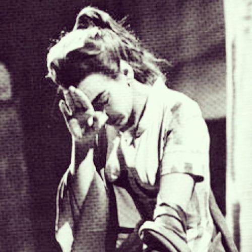 Diz que já cantava antes de entrar pra faculdade, mas não conhece nem Semplicetta Tortorella do Vaccai ou é soprano e acha Caro Mio Ben muito agudo... Início das aulas = início das pérolas! Cantodadepressao