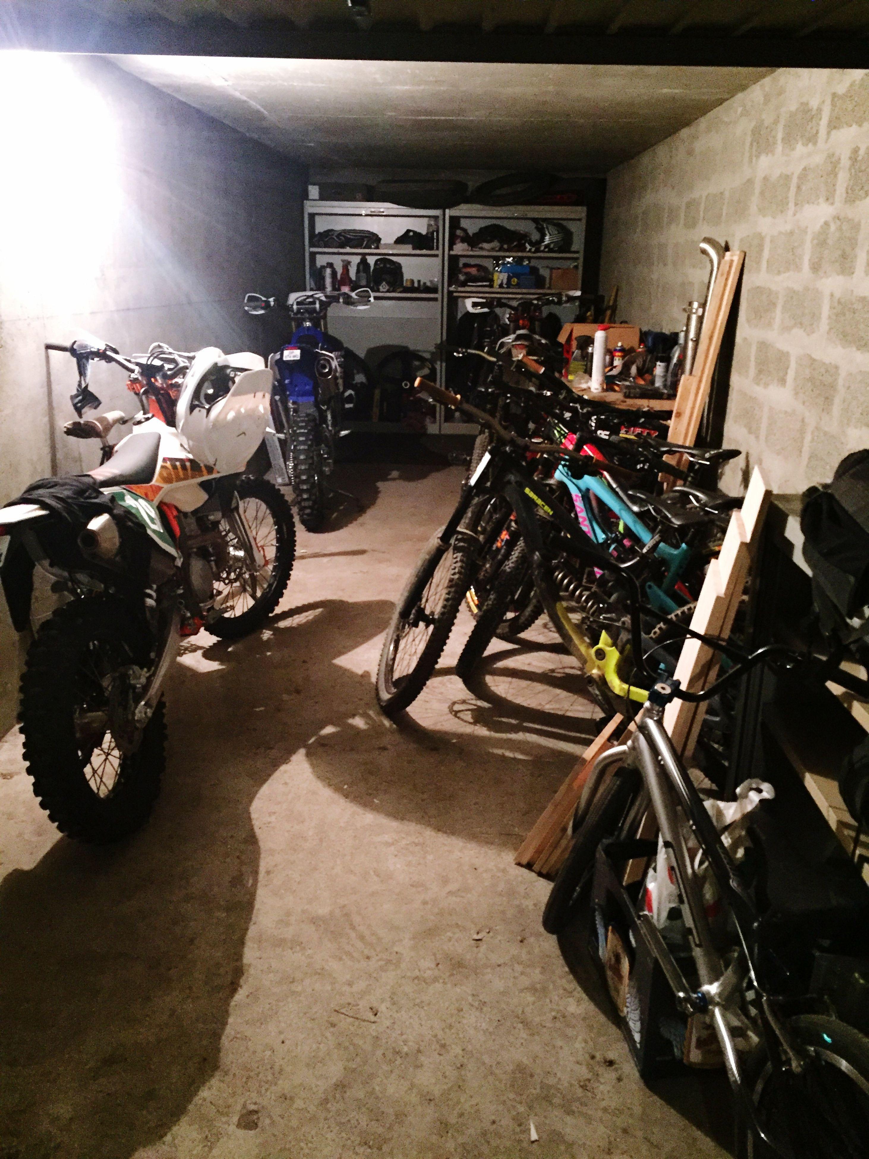 transportation, motorcycle, bicycle, stationary, mode of transport, land vehicle, outdoors, illuminated, day, no people
