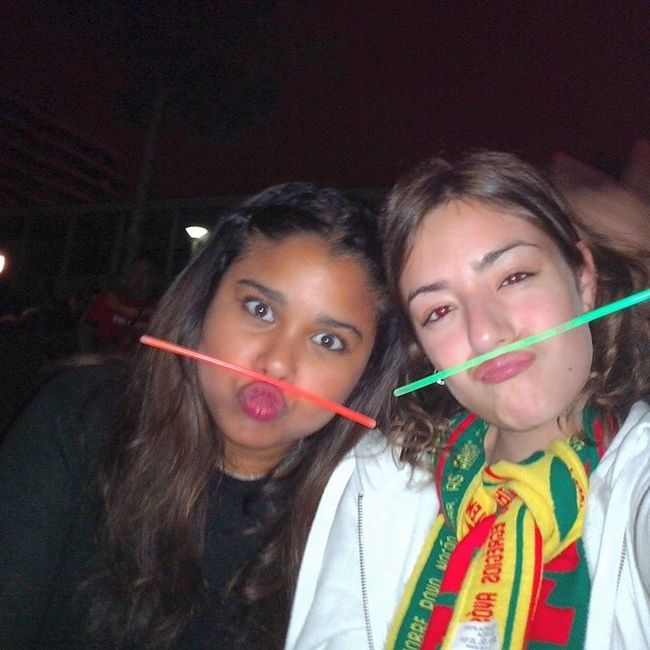 Apoiamos Portugal com Glowstikes