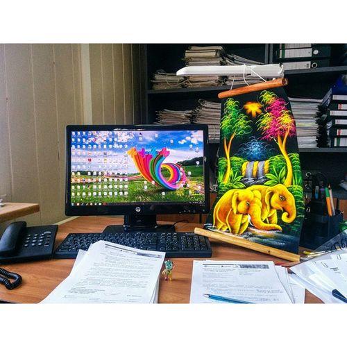 Ехей 😁✋ 📠📌💻 офисный планктон доброутро! Флешмоб выложи свой стол под 👉 планктонстол и весь день будешь радостный как слон! 😊✌