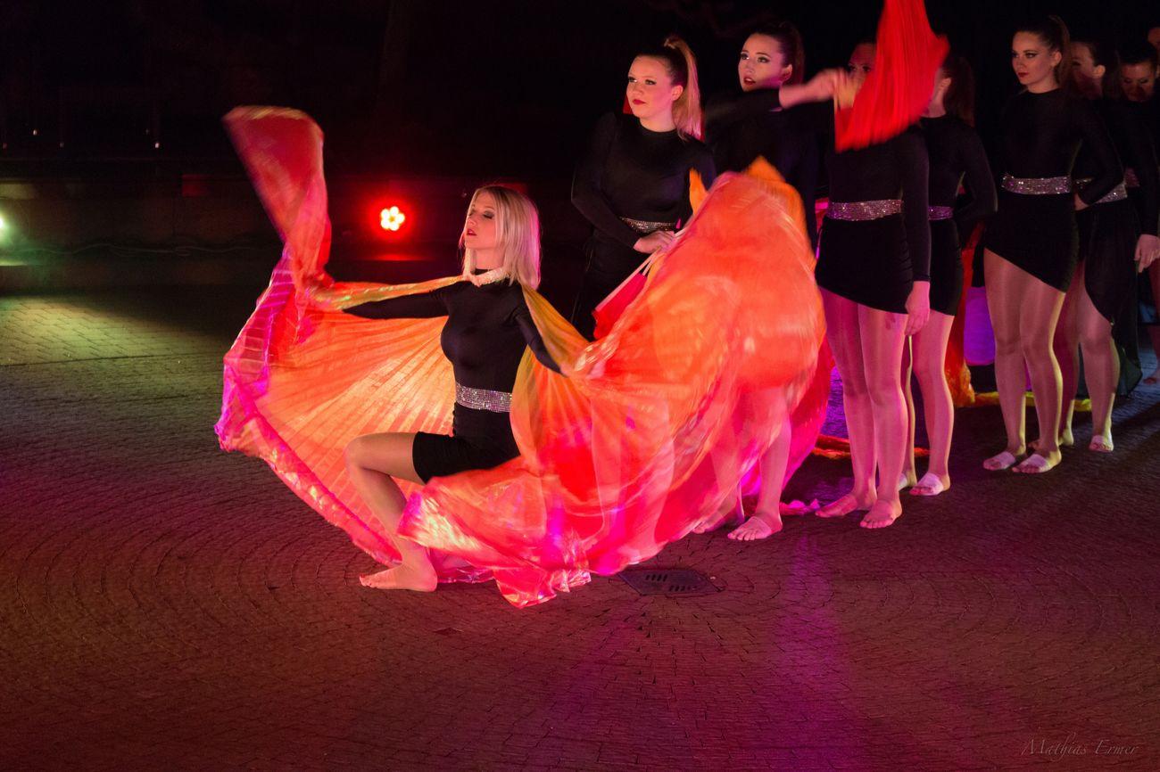 Sieben Welten Show Tanzen Dance